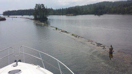 Här drog de båtarna ut till öppet vatten.  ( Jag har letat fakta om detta, men hittar inget).