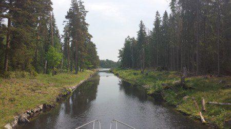 Trång passage närmare Forsvik.